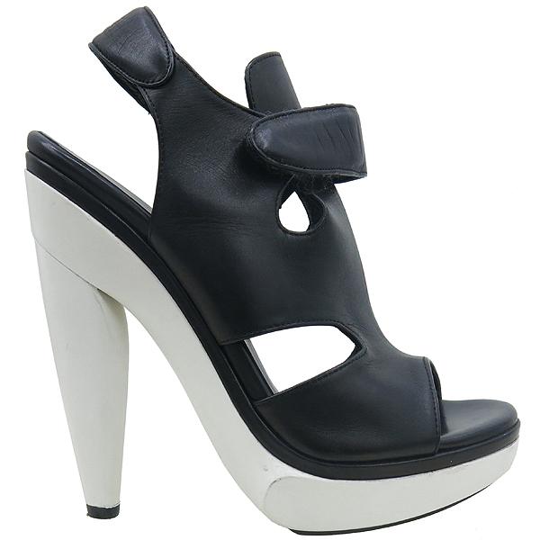Balenciaga(발렌시아가) 214986 블랙 레더 하이힐 여성용 구두 [강남본점] 이미지3 - 고이비토 중고명품