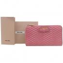 MiuMiu(미우미우) 5M0506 핑크 컬러 짚업 장지갑 [강남본점]