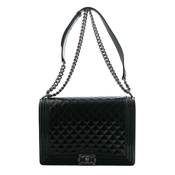 Chanel(샤넬) A67087 보이 샤넬 블랙 페이던트 L사이즈 메탈 체인 숄더백 [인천점] 이미지2 - 고이비토 중고명품