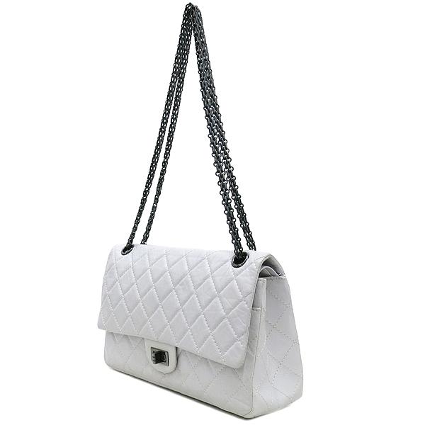 Chanel(샤넬) 2.55 빈티지 M 사이즈 화이트 체인 숄더백 [강남본점] 이미지3 - 고이비토 중고명품
