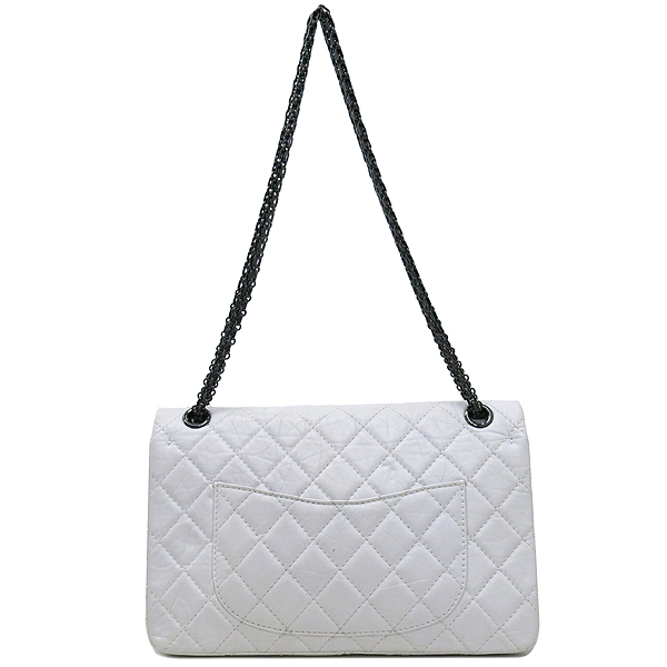 Chanel(샤넬) 2.55 빈티지 M 사이즈 화이트 체인 숄더백 [강남본점] 이미지4 - 고이비토 중고명품