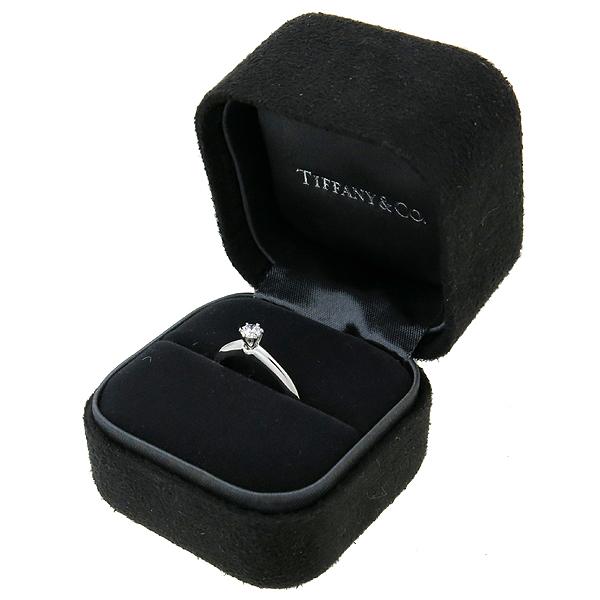 Tiffany(티파니) 25211464 티파니셋팅 PT950 플래티늄골드  0.16 캐럿 1포인트 다이아 웨딩 반지 - 9호 [강남본점] 이미지2 - 고이비토 중고명품