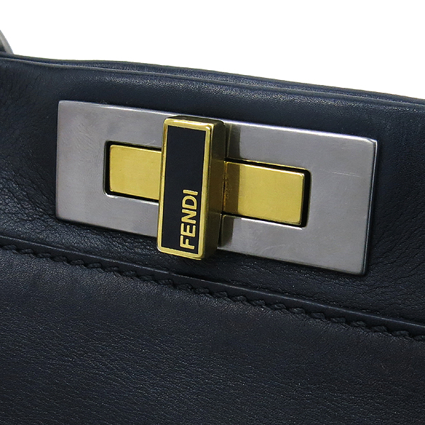Fendi(펜디) 8BN226 블랙 레더 피카부 M사이즈 2WAY [대전본점] 이미지4 - 고이비토 중고명품