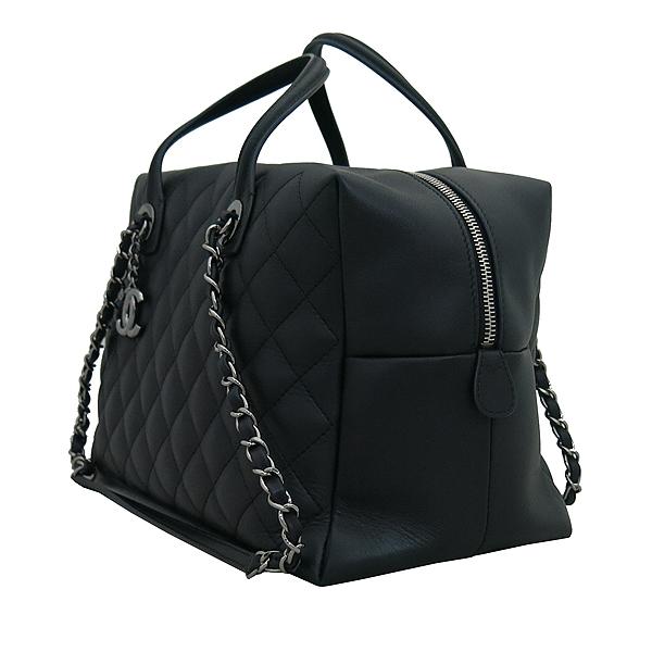 Chanel(샤넬) A93971 블랙 퀼팅 레더 COCO 은장로고 볼링 토트백 + 체인스트랩 2WAY [부산센텀본점] 이미지3 - 고이비토 중고명품
