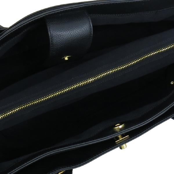 Chanel(샤넬) A15206Y01570 카프스킨 블랙 금장 COCO로고 서프 토트백 + 숄더스트랩 2WAY [대구동성로점] 이미지6 - 고이비토 중고명품