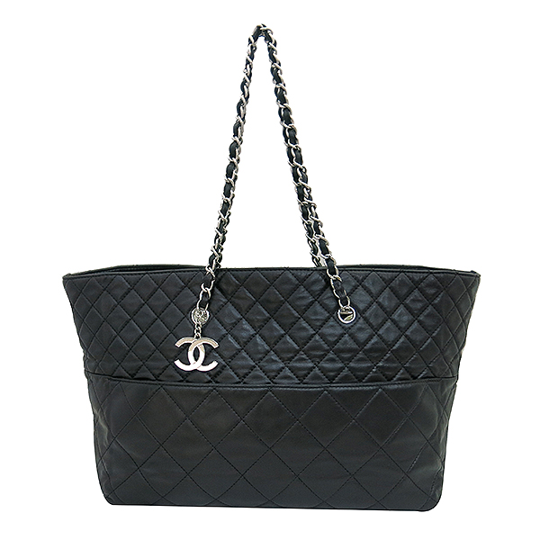 Chanel(샤넬) 크루즈컬렉션 COCO 로고 램스킨 인비지니스 쇼퍼 은장 체인 숄더백 [부산센텀본점] 이미지2 - 고이비토 중고명품