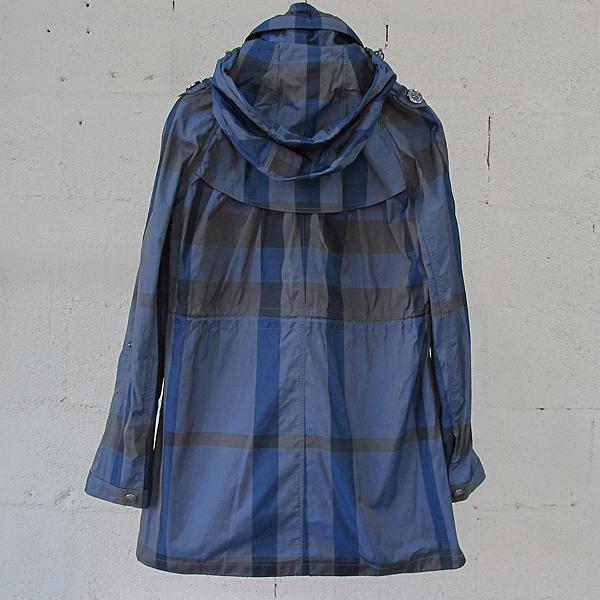 Burberry(버버리) 3800648 블루 컬러 체크 패턴 여성용 점퍼 [동대문점]