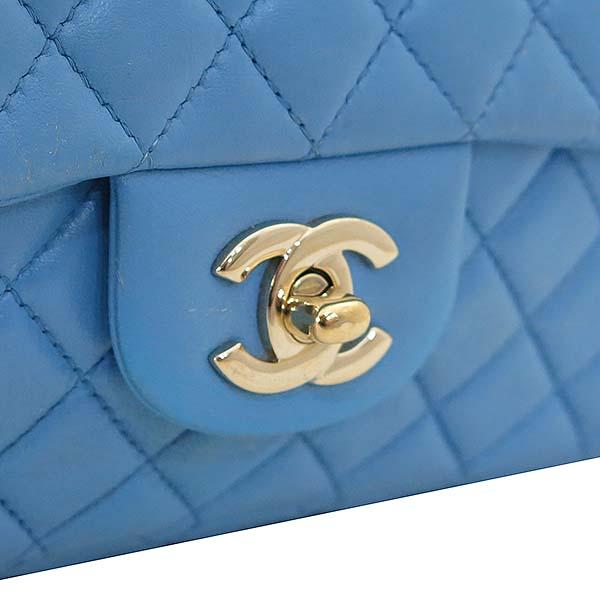 Chanel(샤넬) A46514 시즌 한정판 클래식라인 블루 컬러 발렌타인 램스킨 금장체인 숄더백 [부산센텀본점] 이미지3 - 고이비토 중고명품