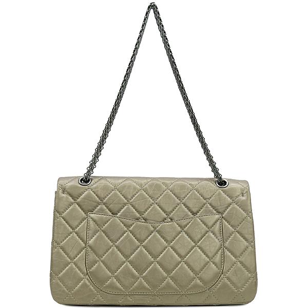 Chanel(샤넬) A37590 2.55 빈티지 골드 메탈릭 L사이즈 은장로고 체인 숄더백 [강남본점] 이미지4 - 고이비토 중고명품