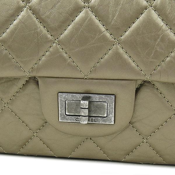 Chanel(샤넬) A37590 2.55 빈티지 골드 메탈릭 L사이즈 은장로고 체인 숄더백 [강남본점] 이미지5 - 고이비토 중고명품