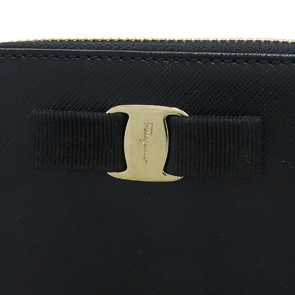 Ferragamo(페라가모) 22 C770 바라 장식 블랙 사피아노 집업 카드지갑 겸 명함지갑 [강남본점] 이미지3 - 고이비토 중고명품