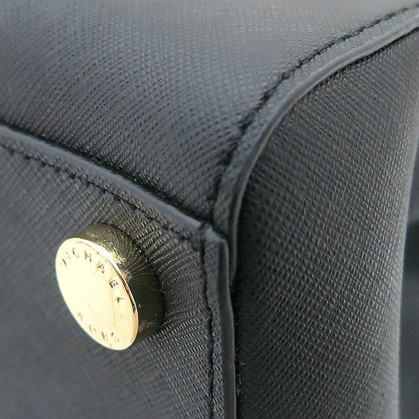 MICHAELKORS (마이클코어스) 블랙 SATCHEL(사첼) SAFFIANO(사피아노) 금장 로고 토트백  + 숄더 스트랩 2WAY [부산센텀본점] 이미지5 - 고이비토 중고명품