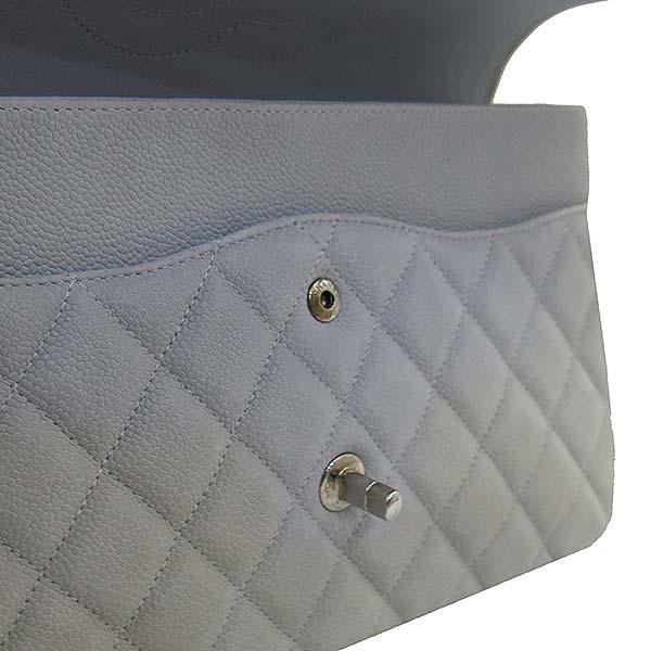Chanel(샤넬) A58600 소프트 캐비어스킨 라이트 그레이 컬러 클래식 점보 은장 체인 숄더백 [부산센텀본점] 이미지5 - 고이비토 중고명품