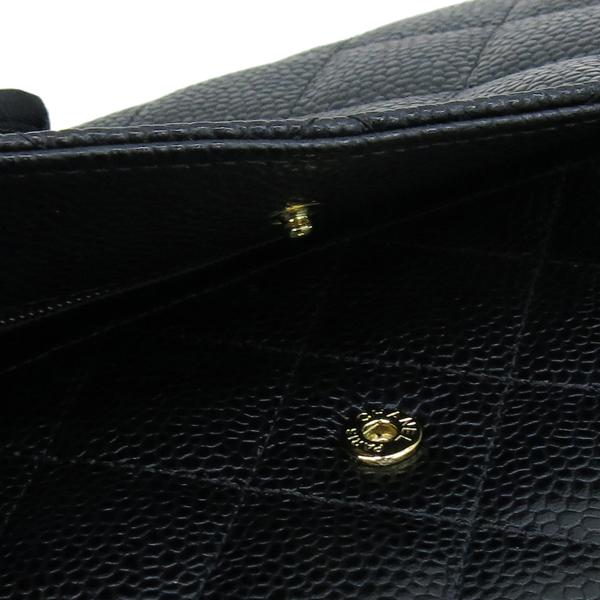 Chanel(샤넬) A33814 Y01864 C3906 캐비어스킨 블랙 컬러 WOC 월릿 온 체인 금장로고 체인 크로스백 [강남본점] 이미지5 - 고이비토 중고명품