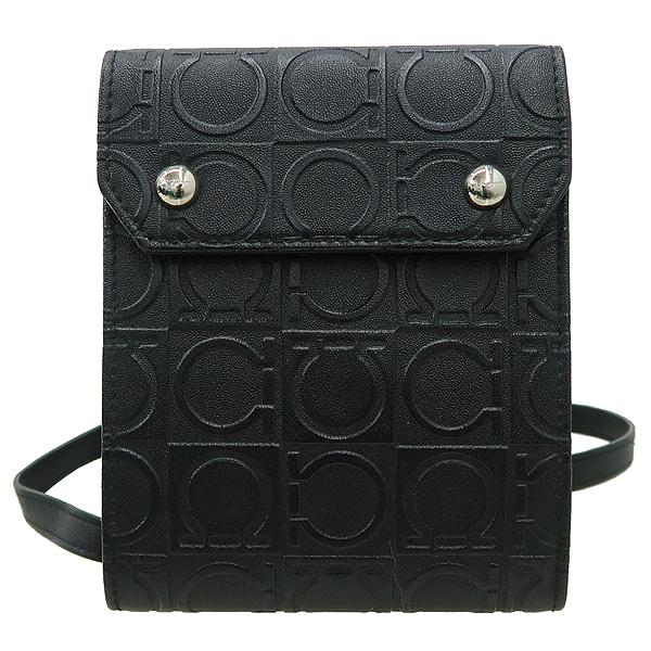 Ferragamo(페라가모) 22 4697 간치니 패턴 블랙 레더 지갑 겸 목걸이 [강남본점]