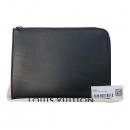 Louis Vuitton(루이비통) R99303 블랙 레더 클러치백 [부산센텀본점]
