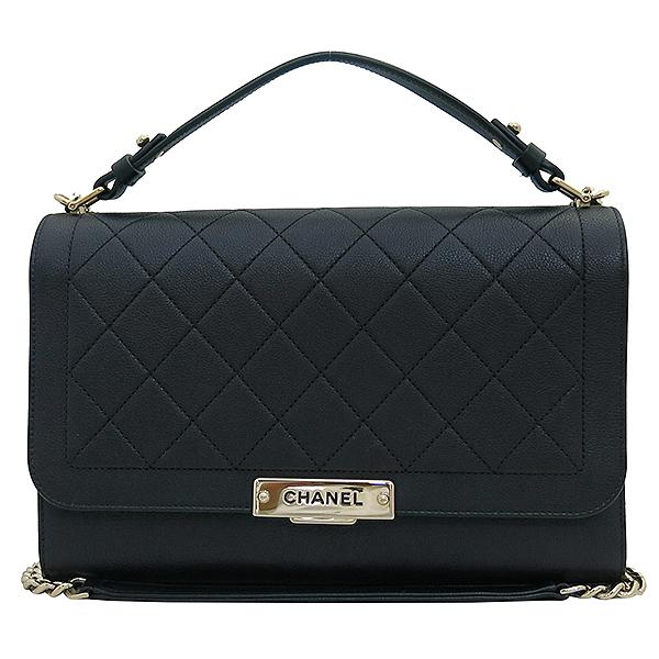 Chanel(샤넬) A93703Y6115494305 금장 로고 장식 퀼팅 블랙 그레인드 카프스킨 플랩 2WAY [부산서면롯데점] 이미지2 - 고이비토 중고명품