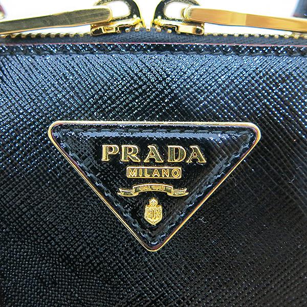Prada(프라다) 1BA838 블랙 페이던트 사피아노 금장 로고 장식 토트백 + 크로스트랩 2WAY [부산센텀본점] 이미지4 - 고이비토 중고명품