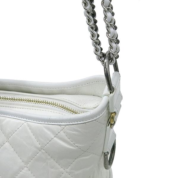 Chanel(샤넬) A93824Y61477 10601 빈티지 카프스킨 화이트 컬러 가브리엘 호보 골드실버 메탈 체인 더블 C 디테일 숄더 겸 크로스백 [강남본점] 이미지6 - 고이비토 중고명품