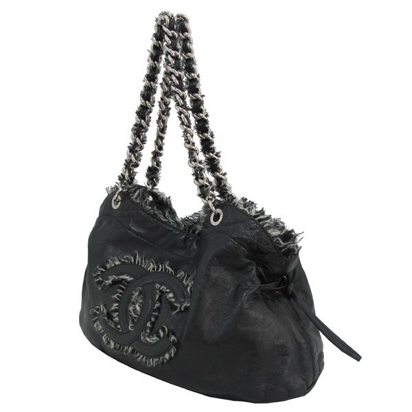 Chanel(샤넬) COCO 로고 장식 블랙 램스킨 은장 체인 숄더백 [대구반월당본점] 이미지2 - 고이비토 중고명품