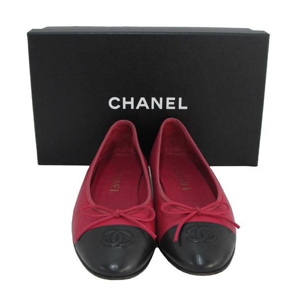 Chanel(샤넬) COCO 로고 리본장식 핑크&블랙 레더 플랫 슈즈 [대구반월당본점]