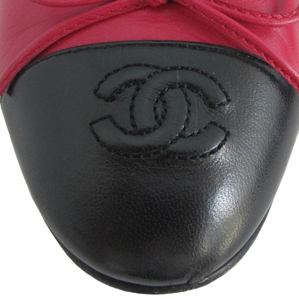 Chanel(샤넬) COCO 로고 리본장식 핑크&블랙 레더 플랫 슈즈 [대구반월당본점] 이미지6 - 고이비토 중고명품