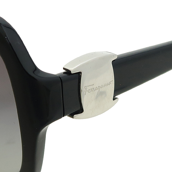 Ferragamo(페라가모) 2194-A 측면 로고 장식 뿔테 선글라스 [강남본점]