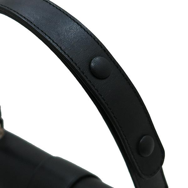 Ferragamo(페라가모) 21 1780 블랙 레더 은장 간치니 로고 플랩 미니 숄더백 [인천점] 이미지6 - 고이비토 중고명품