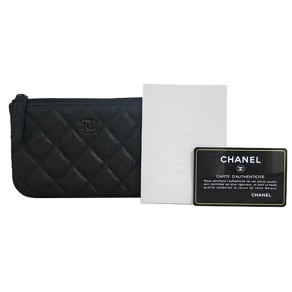 Chanel(샤넬) A82365Y25928 블랙 레더 COCO 로고 미니 파우치 [동대문점]