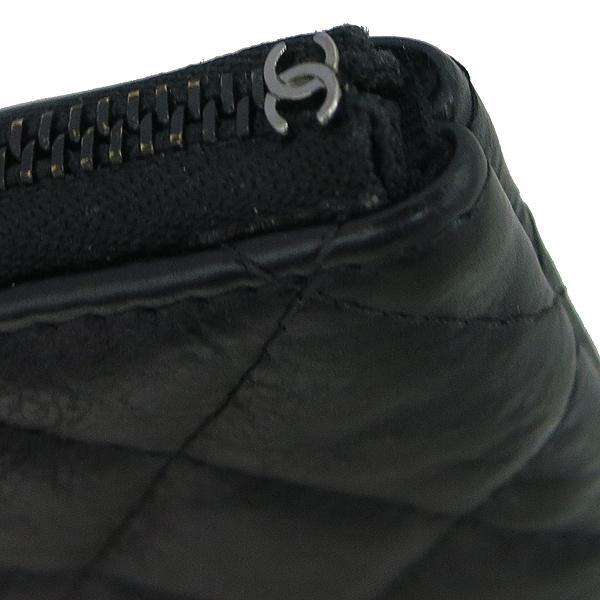 Chanel(샤넬) A82365Y25928 블랙 레더 COCO 로고 미니 파우치 [동대문점] 이미지3 - 고이비토 중고명품