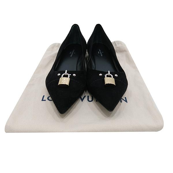 Louis Vuitton(루이비통) 블랙 스웨이드 금장 락 장식 여성용 스켈레토 플랫 슈즈 [인천점]