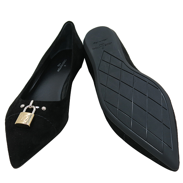 Louis Vuitton(루이비통) 블랙 스웨이드 금장 락 장식 여성용 스켈레토 플랫 슈즈 [인천점] 이미지5 - 고이비토 중고명품