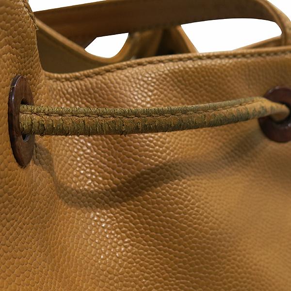Chanel(샤넬) 캐비어스킨 정방 베이지 바겟 숄더백 [인천점] 이미지4 - 고이비토 중고명품