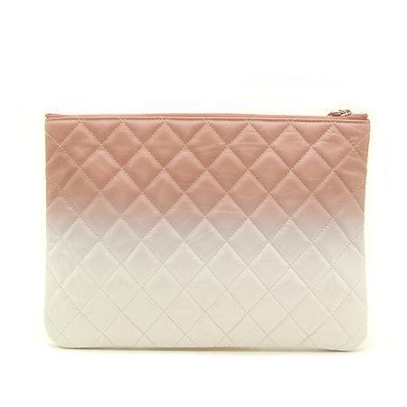 Chanel(샤넬) 18 S/S  한정판 핑크+화이트 페이던트 그라데이션 참장식 클러치백 -25번대 (W) 이미지4 - 고이비토 중고명품