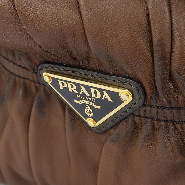 Prada(프라다) bn1233 나파 레더 Gauffre XL 사첼 토트백 [강남본점] 이미지5 - 고이비토 중고명품