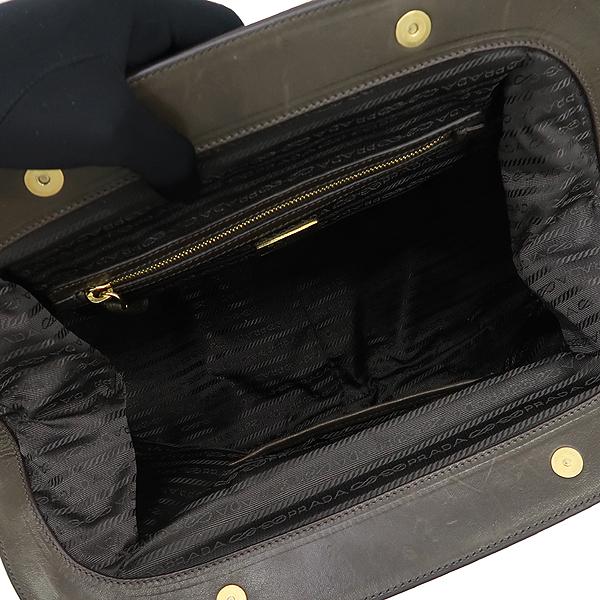 Prada(프라다) bn1233 나파 레더 Gauffre XL 사첼 토트백 [강남본점] 이미지6 - 고이비토 중고명품