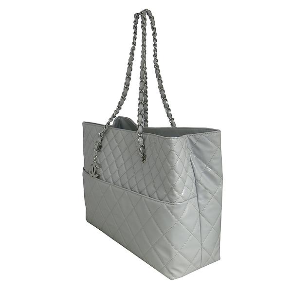 Chanel(샤넬) COCO 은장 로고 인비지니스 그레이 페이던트 쇼퍼 은장 체인 숄더백 [동대문점] 이미지2 - 고이비토 중고명품