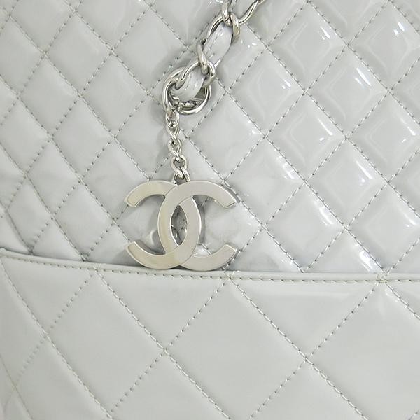 Chanel(샤넬) COCO 은장 로고 인비지니스 그레이 페이던트 쇼퍼 은장 체인 숄더백 [동대문점]