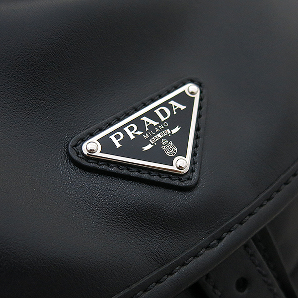 Prada(프라다) 1BZ811 ASK VERA NERO 블랙 래더(가죽) 삼각 은장로고 투 포켓 백팩 [부산센텀본점] 이미지5 - 고이비토 중고명품