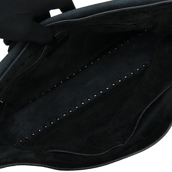 VALENTINO(발렌티노) 락스터드 장식 블랙 레더 플랩 메신저 크로스백 [강남본점] 이미지5 - 고이비토 중고명품