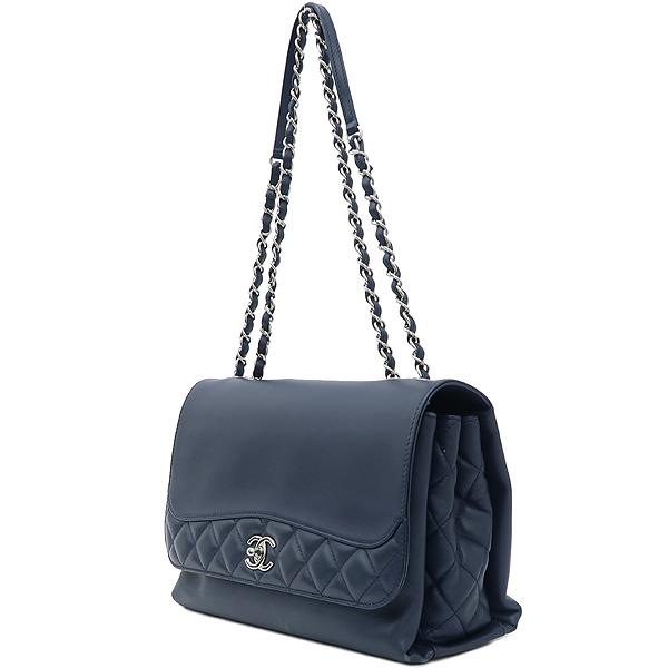 Chanel(샤넬) 은장 로고 장식 네이비 레더 퀼팅 3포켓 아코디언 체인 숄더백 [강남본점] 이미지3 - 고이비토 중고명품