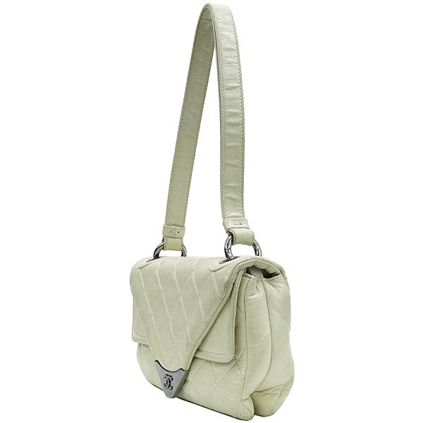 Chanel(샤넬) 은장 로고 장식 플랩 아이보리 레더 숄더백 [강남본점] 이미지3 - 고이비토 중고명품