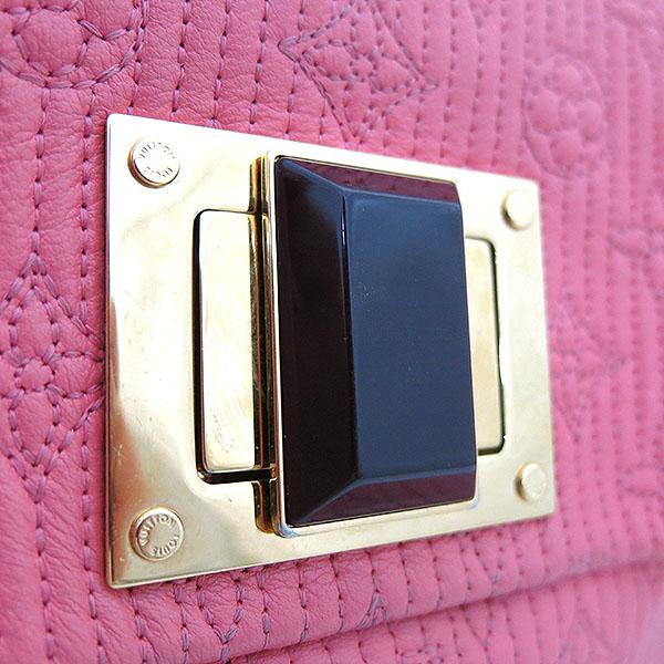 Louis Vuitton(루이비통) M40501 라이트 핑크 컬러 모노그램 알테어 한정판 파우치 [부산센텀본점] 이미지3 - 고이비토 중고명품