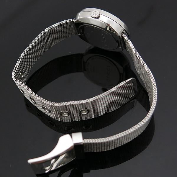 Gucci(구찌) 129.5 3포인트 다이아 자개판 스틸밴드 여성용 시계 [인천점] 이미지5 - 고이비토 중고명품