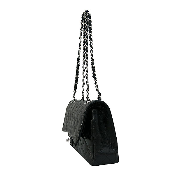 Chanel(샤넬) 블랙 리자드(도마뱀) 가죽 클래식 M사이즈 은장 체인 숄더백 [부산센텀본점] 이미지3 - 고이비토 중고명품