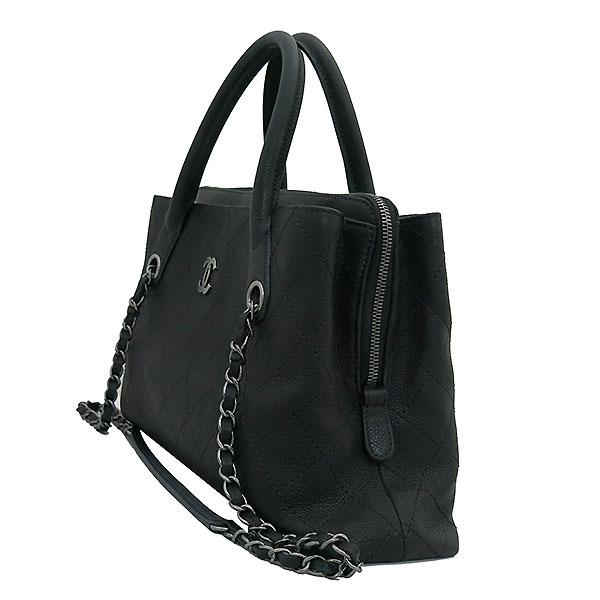 Chanel(샤넬) A94850 블랙 그레인드 카프스킨 캐비어 은장COCO로고 퀼팅 토트백 + 숄더 스트랩  2WAY [부산센텀본점] 이미지3 - 고이비토 중고명품