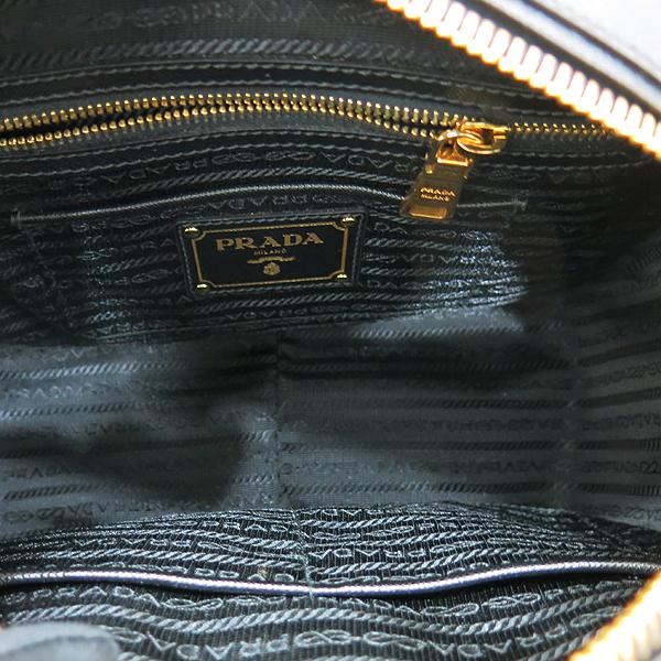 Prada(프라다) BL0757 사피아노 NERO+CAMMEO 컬러 측면 금장 삼각로고 토트백 + 숄더스트랩 [인천점] 이미지7 - 고이비토 중고명품