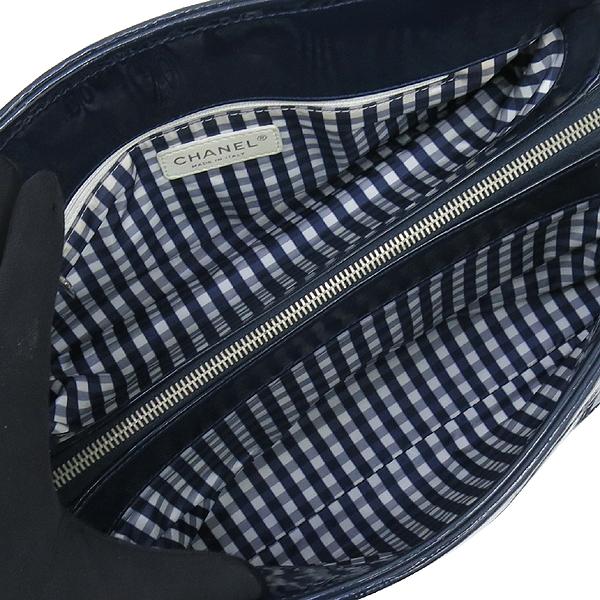 Chanel(샤넬) 네이비 컬러 페이던트 은장 체인 정방 숄더백 [강남본점] 이미지6 - 고이비토 중고명품