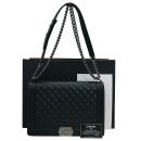 Chanel(샤넬) A67087 COCO로고 램스킨 블랙 퀼팅 보이 L 사이즈 빈티지 체인 숄더백 [부산센텀본점]