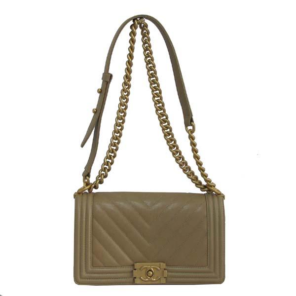 Chanel(샤넬) A67086Y83572 베이지 캐비어 스킨 쉐브론 보이샤넬 M사이즈 금장로고 체인 숄더백 [대구반월당본점]